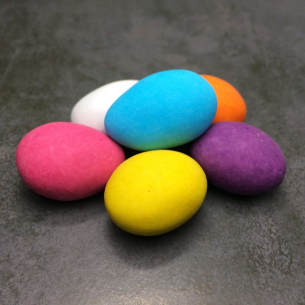 Mix met sinaasappel, limoncello en bosbes in chocolade, Dazzles! Rainbow mix
